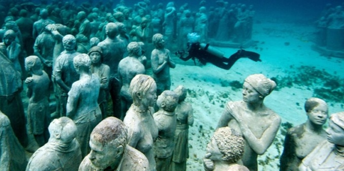 Underwater Museum - photo from Museo Subacuatico de Arte