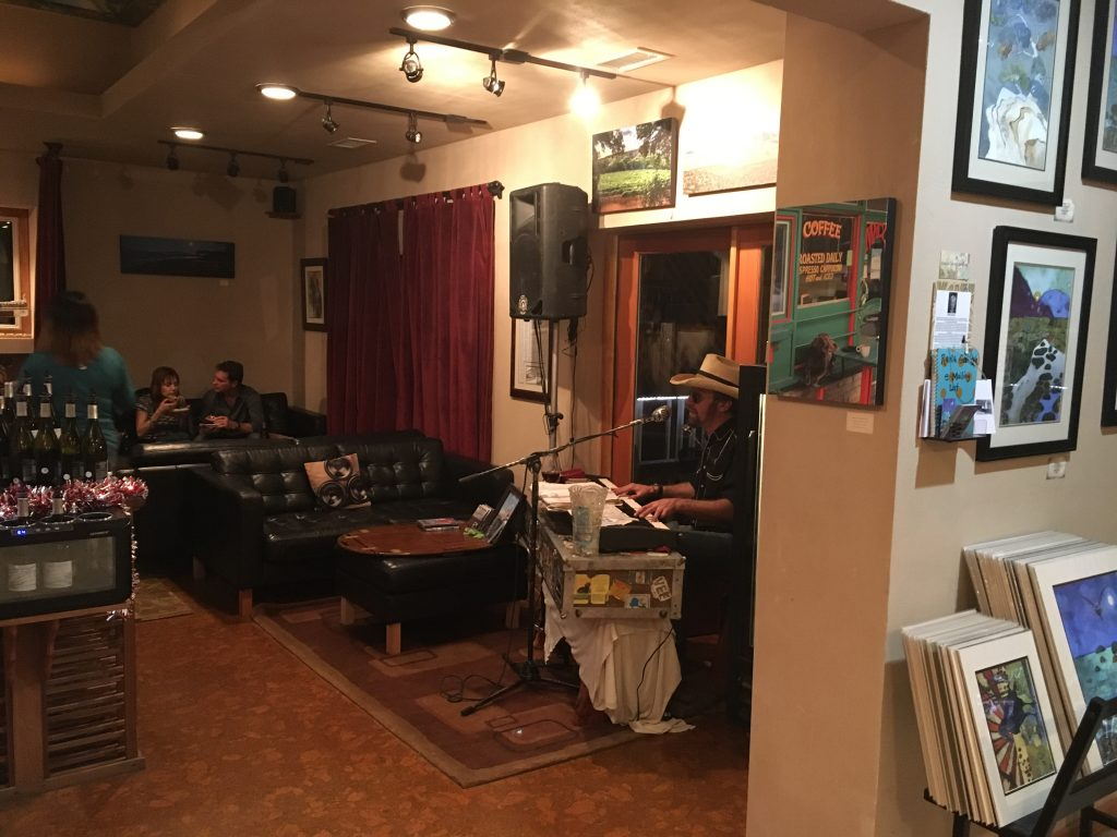 Page Springs Lounge with Live Music